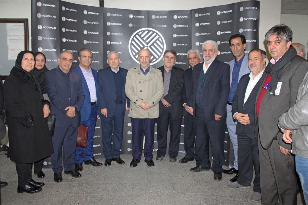 انجمن طراحی و مدلسازی کیف و کفش ایران