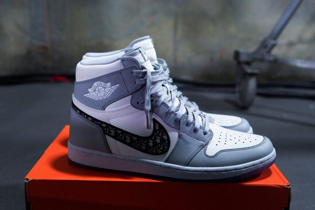 کفش-ورزشی-Air-Dior-گران-ترین-کفش-تمام-دوران-1024x682