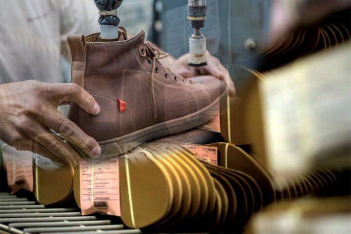 تولید ۷۵ درصد کفش جهان در انحصار ۴ کشور آسیایی|