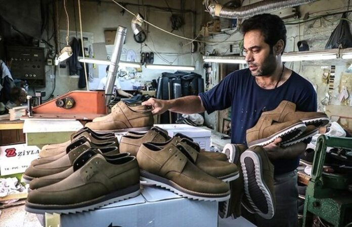 صنعت چرم و کفش در کما