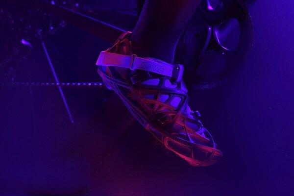 کفش بازیافتی با فیبر کربن و چاپگر سه بعدی تولید شد